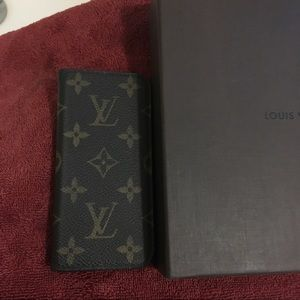 Louis Vuitton Accessories - LOUIS VUITTON Monogram IPhone 6 Folio Case